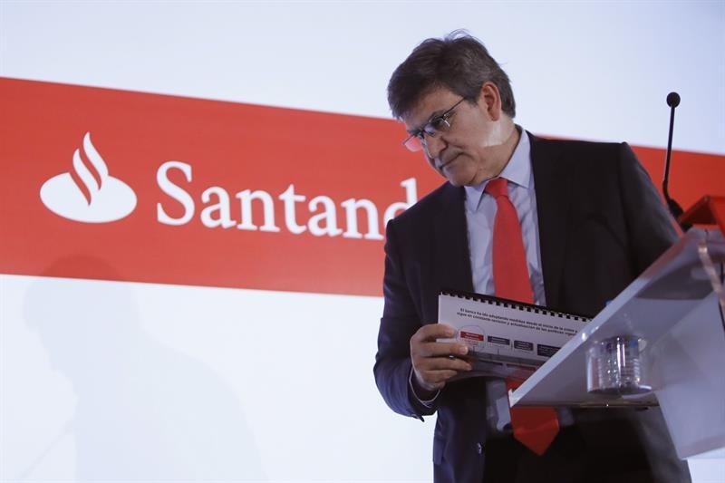 Santander abierto a comprar otro banco si es rentable for Banco abierto sabado madrid