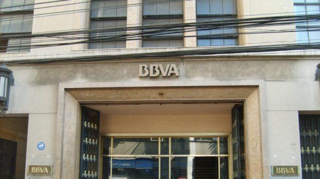 Fachada de una de las oficinas del BBVA.