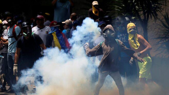 Imagen de los disturbios producidos este miércoles durante las manifestaciones en Caracas.