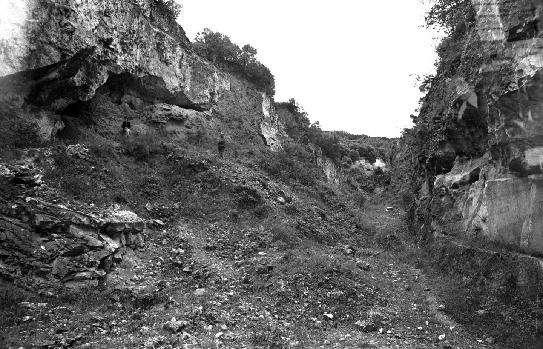 Foto del yacimiento de Atapuerca en 1976