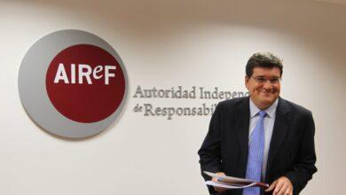 AIReF admite que la subida del SMI no ha tenido por ahora efectos negativos sobre el empleo