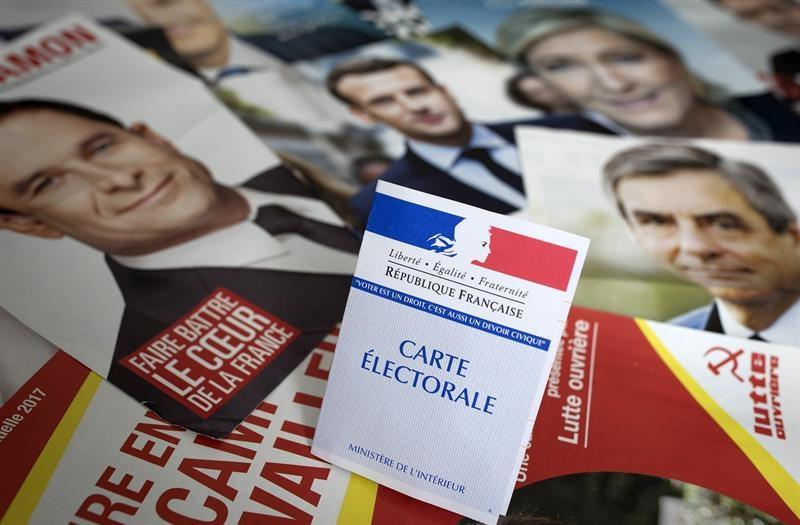 Propaganda de los candidatos a las elecciones electorales francesas.