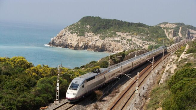 Los trenes Euromed circulan cerca del recorrido del Corredor Mediterráneo