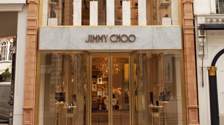 La compañía de zapatos de lujo Jimmy Choo busca comprador