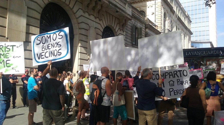 Protesta vecinal por el turismo en Barcelona.