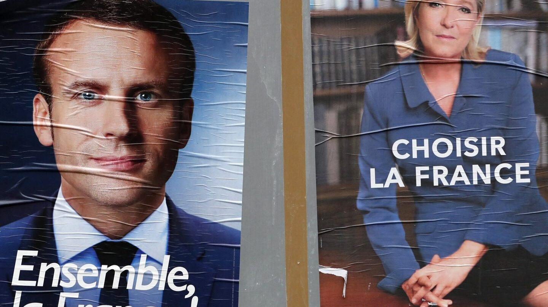 Los carteles de ambos candidatos en Francia.