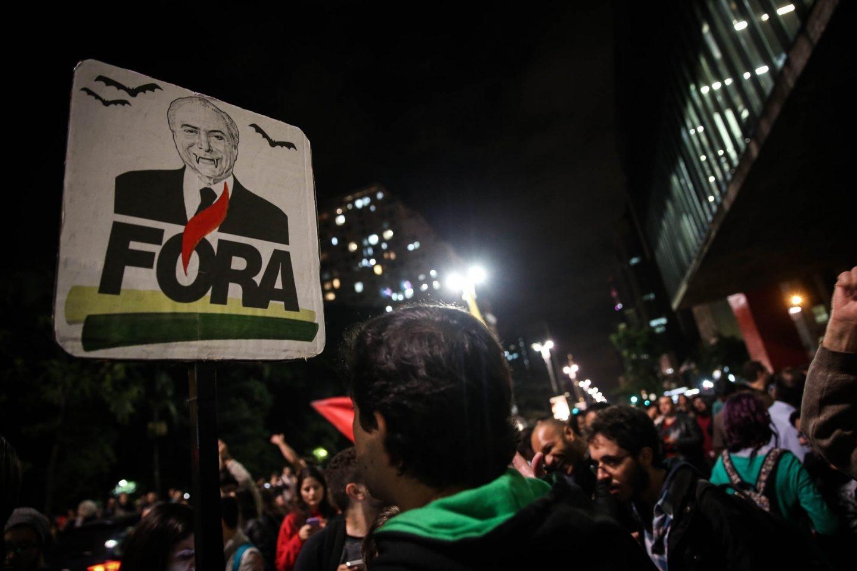 Manifestaciones en las calles de Sao Paulo pidiendo la dimisión del presidente brasileño Michel Temer.