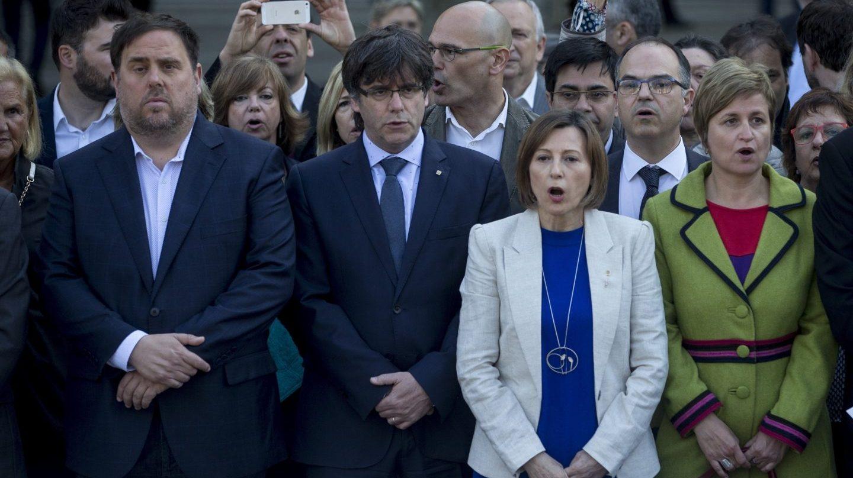 Junqueras, Puigdemont y Carme Forcadell, a las puertas del TSJC.