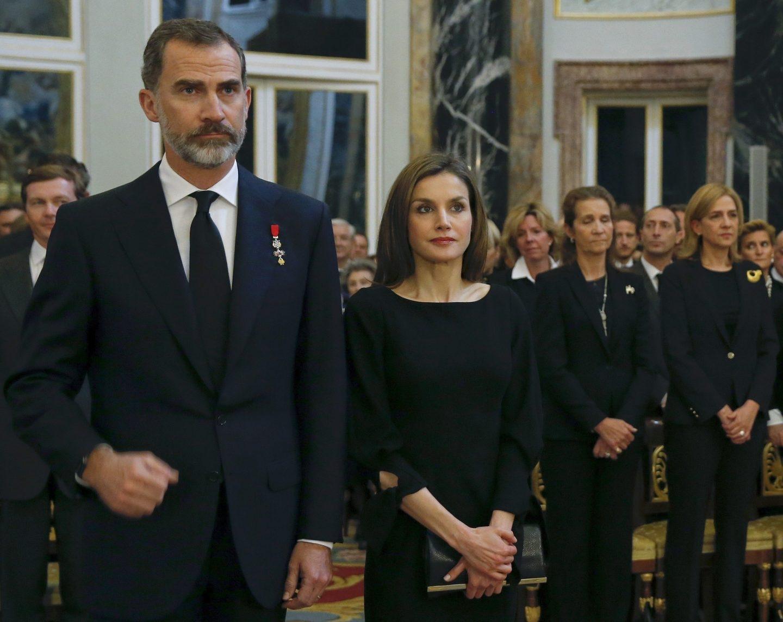 La infanta Cristina, junto a los Reyes, vuelve al Palacio Real.