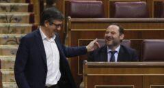El conflicto catalán y la amenaza terrorista dan oxígeno a Patxi López en el PSOE