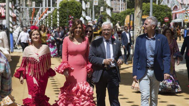 Susana Díaz y Verónica Pérez, en la Feria de Sevilla.