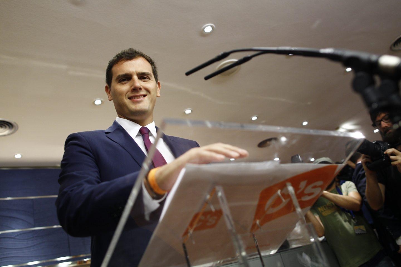 El presidente de Ciudadanos, Albert Rivera, en rueda de prensa en el Congreso de los Diputados.