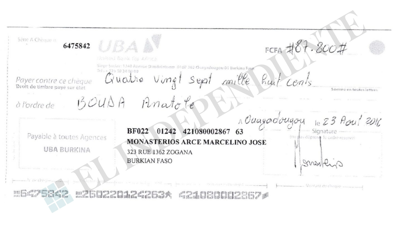 Cheque emitido por Pascual, en el que se detalla la identidad falsa que usaba: Marcelino José Monasterios Arce.