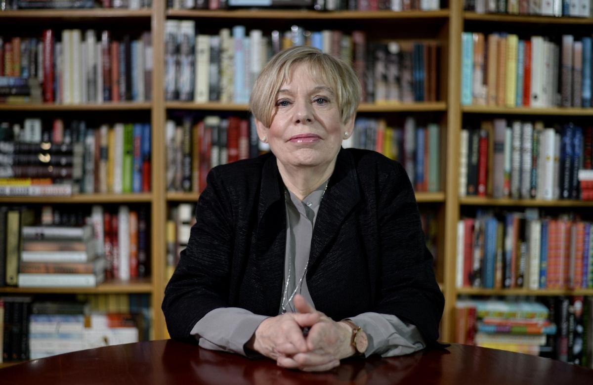 La escritora británica Karen Armstrong.