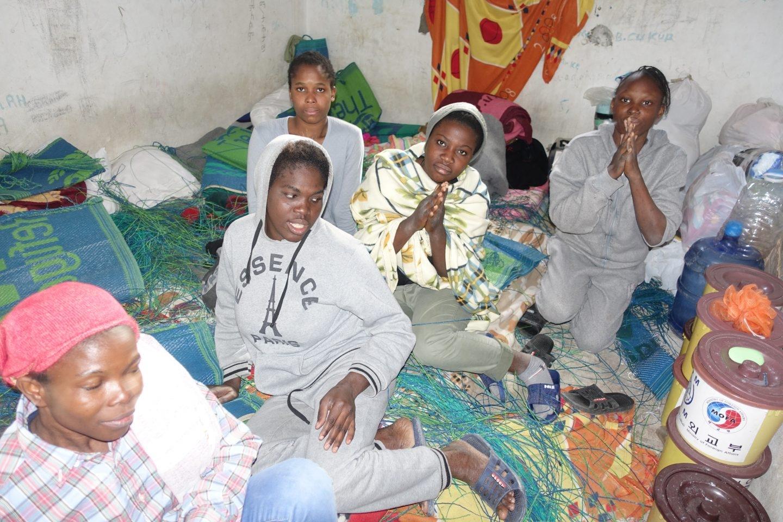 Centro de atención a migrantes en Misrata.