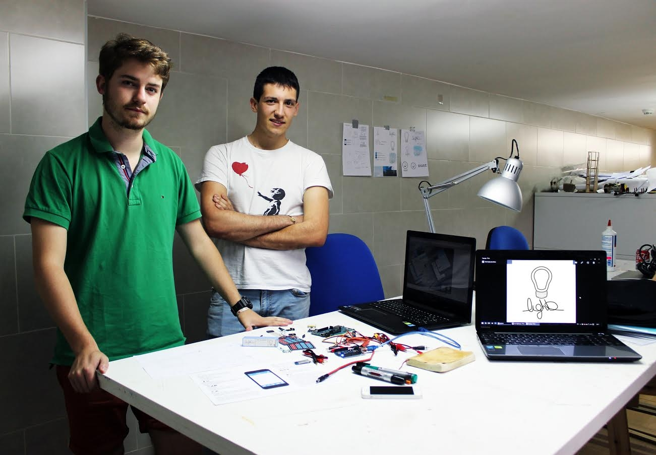 Santiago Fernández y Carlos Rosety, creadores de App Light.