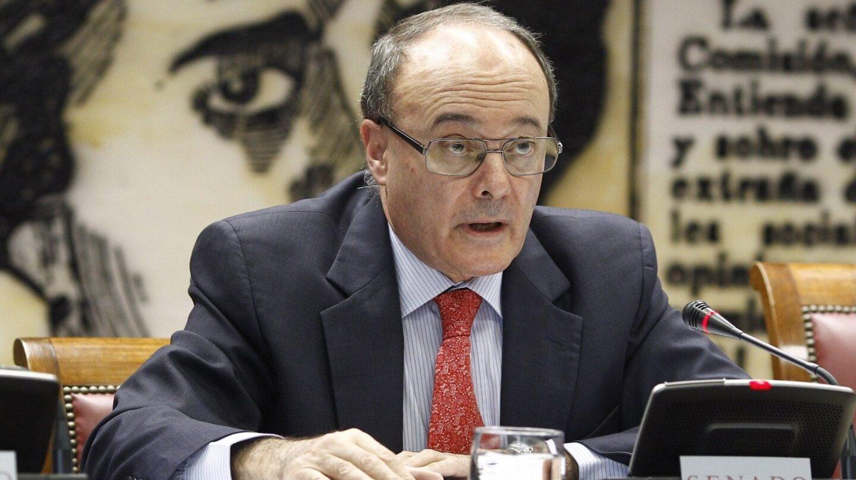 El Gobernador del Banco de España, Luis María Linde, advierte sobre el futuro de las pensiones