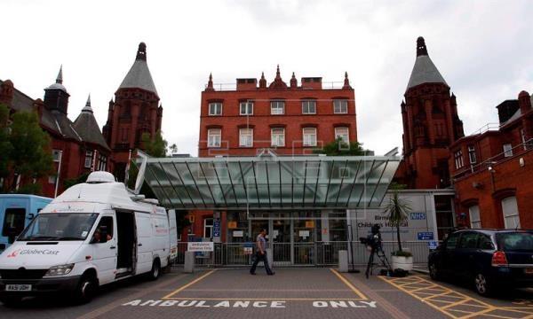 Fachada principal del Hospital Infantil de Birmingham.