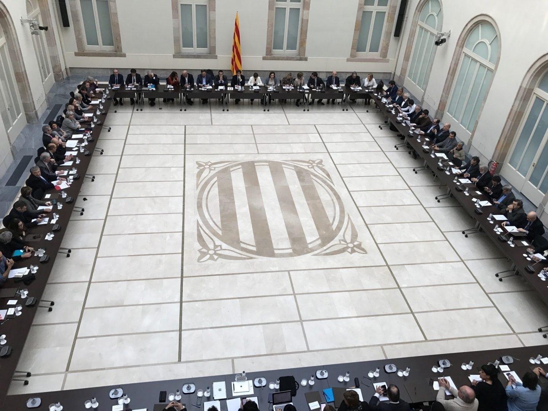 Reunión del Pacto Nacional por el referéndum.