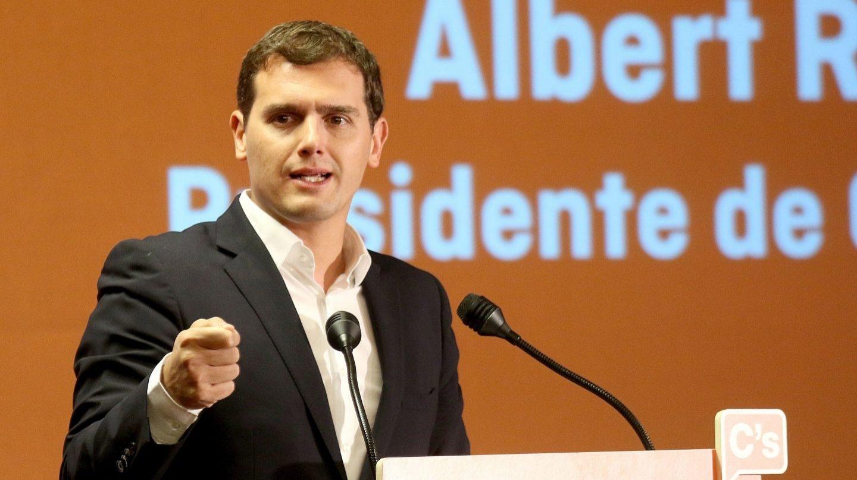 El presidente de Ciudadanos, Albert Rivera, planta cara a las grandes empresas morosas.