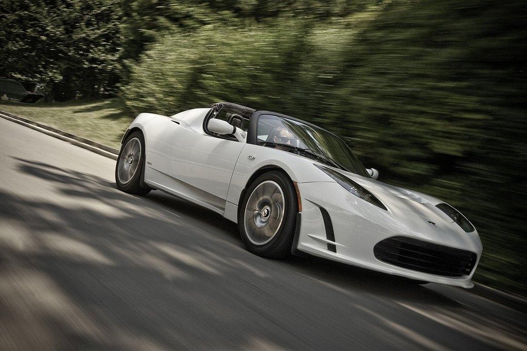 Tesla Roadster, el primer modelo que lanzó la empresa estadounidense.