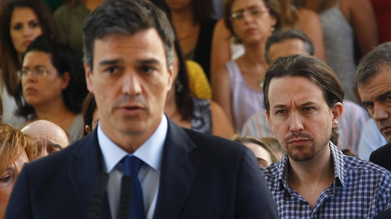 Pedro Sánchez y Pablo Iglesias el pasado agosto, en el Congreso de los Diputados.