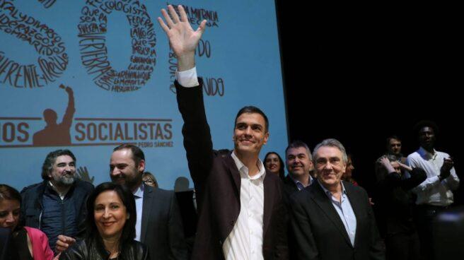 Margarita Robles, Pedro Sánchez y Manuel Escudero, en la presentación de las propuestas del candidato socialista de cara al Congreso del PSOE.