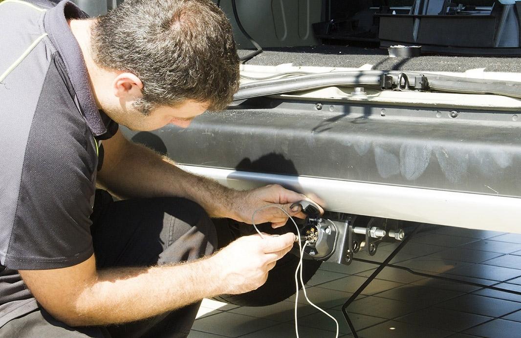 Trabajador español en la industria de la automoción.