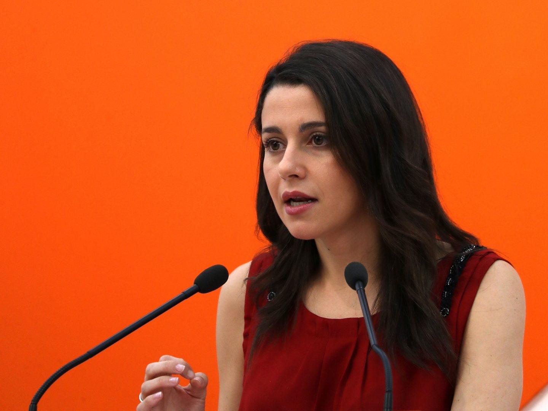La portavoz nacional de Ciudadanos, Inés Arrimadas, en una rueda de prensa.