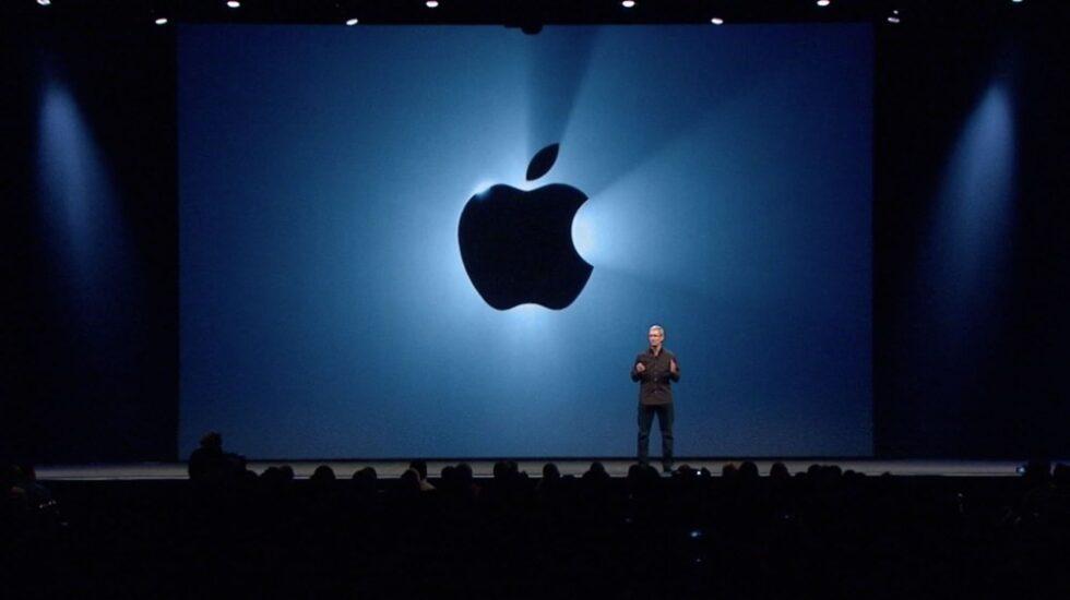 El CEO de Apple, Tim Cook, en la WWDC del año pasado.