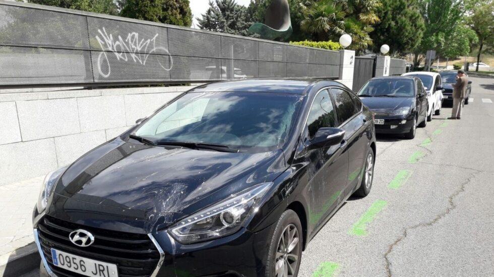 Uno de los coches de Cabify atacados.