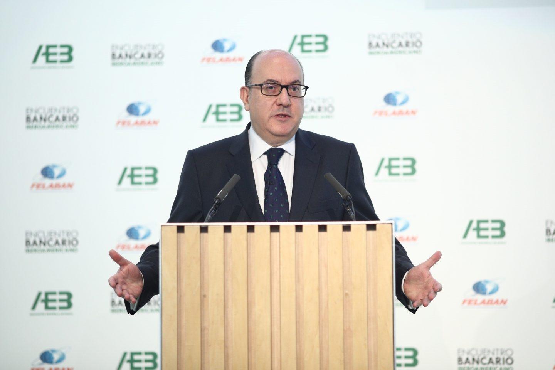 El presidente de la patronal bancaria AEB, José María Roldán.