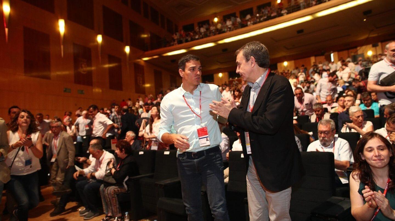 Pedro Sánchez y José Luis Rodríguez Zapatero durante el Congreso del PSOE.