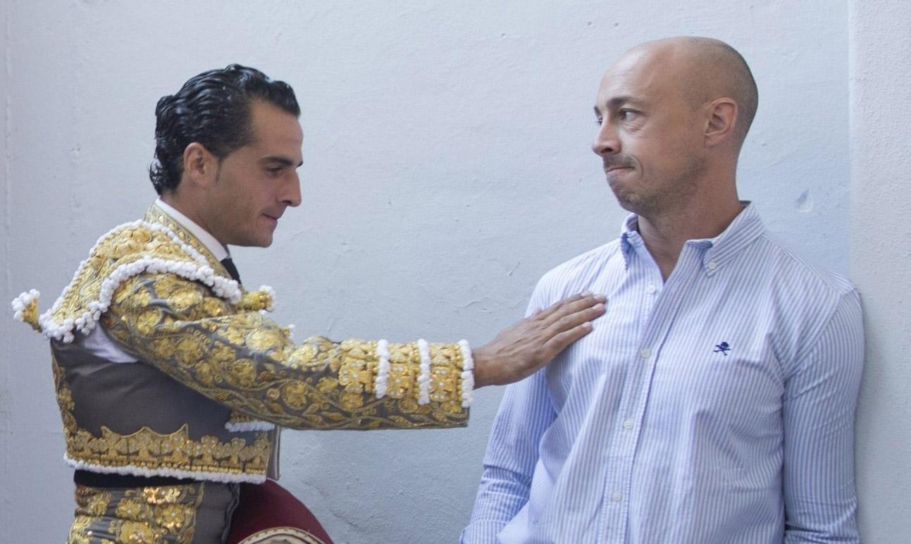 Iván Fandiño y su descubridor, Néstor García, en Pamplona.