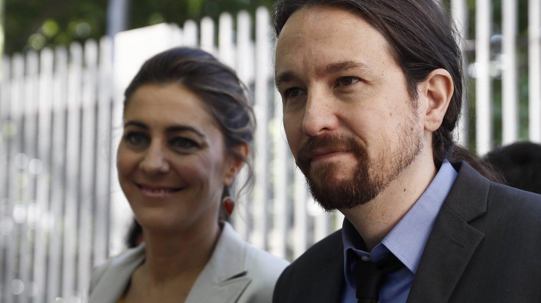 Lorena Ruiz- Huerta y Pablo Iglesias, en la moción contra Cifuentes.