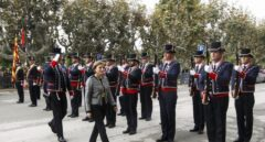 Forcadell pasando revista a los Mossos cuando fue elegida presidenta del Parlament