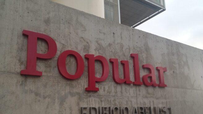 Logo de Banco Popular en su sede del Edificio Abelias, en Madrid.