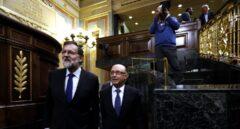 Rajoy y Montoro, en el Congreso.