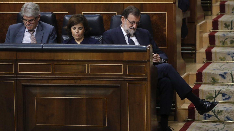 Dastis, Sáenz de Santamaría y Rajoy, en la moción de censura.