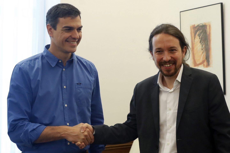 Pedro Sanchez y Pablo Iglesias, en el Congreso.