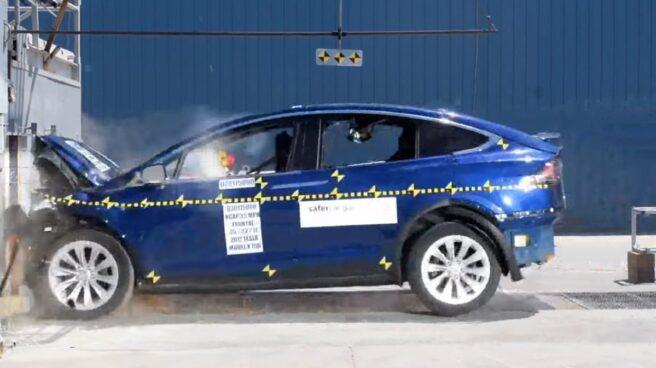 Pruebas de seguridad del Tesla Model X.