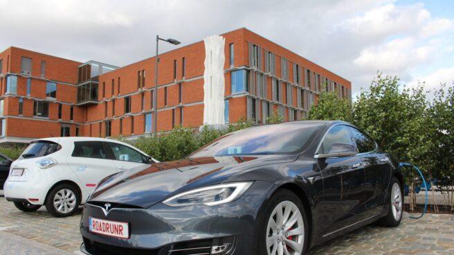 El Tesla Model S que ha batido el récord.