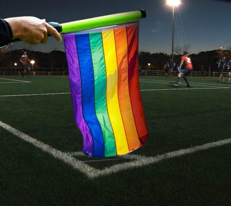 Los cálculos del PSOE para concluir que en España hay 142 futbolistas profesionales gays