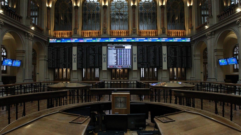 Interior del edificio de la Bolsa de Madrid.