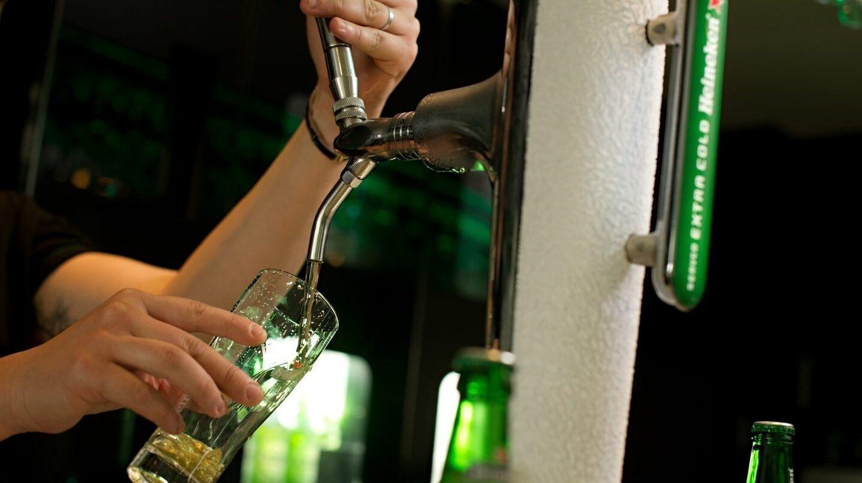 El consumo de cerveza sigue en aumento y supone hasta el 40% de la facturación de algunos locales de hostelería.