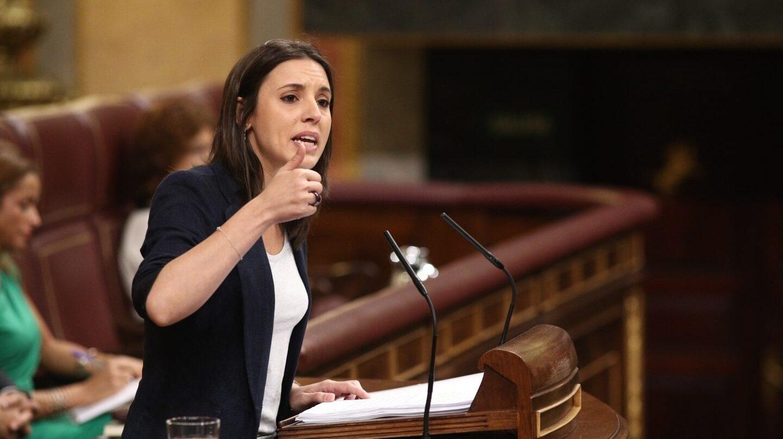 La portavoz de Podemos en la moción, Irene Montero