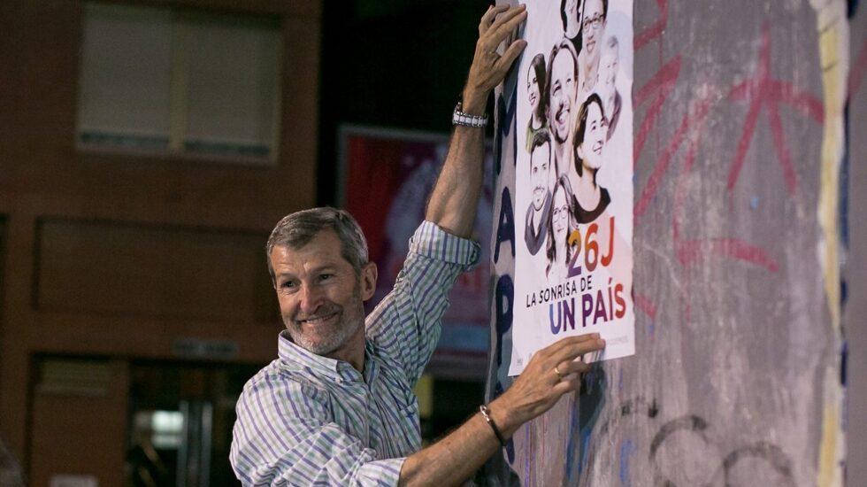 Julio Rodríguez, miembro de la dirección Podemos, en la campaña del 26-J, donde fue número uno por Almería sin resultar elegido