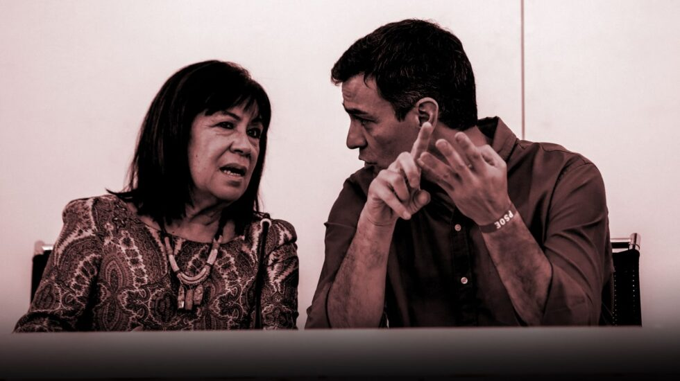 Cristina Narbona y Pedro Sánchez.