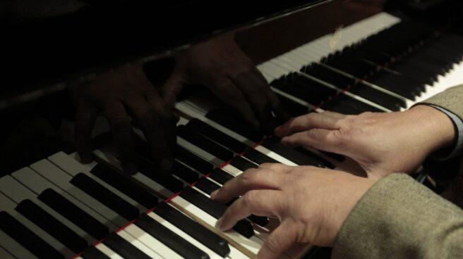 Instrumentos musicales y personas mayores, una nueva conexión.