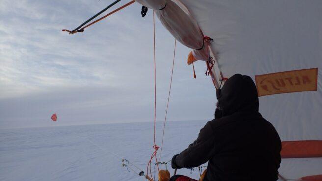 El trineo de viento que usó en Groenlandia.